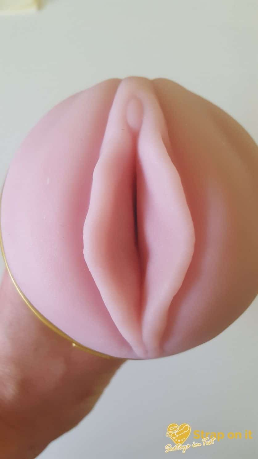 Fleshlight-STU-Test_Oeffnung-Vagina
